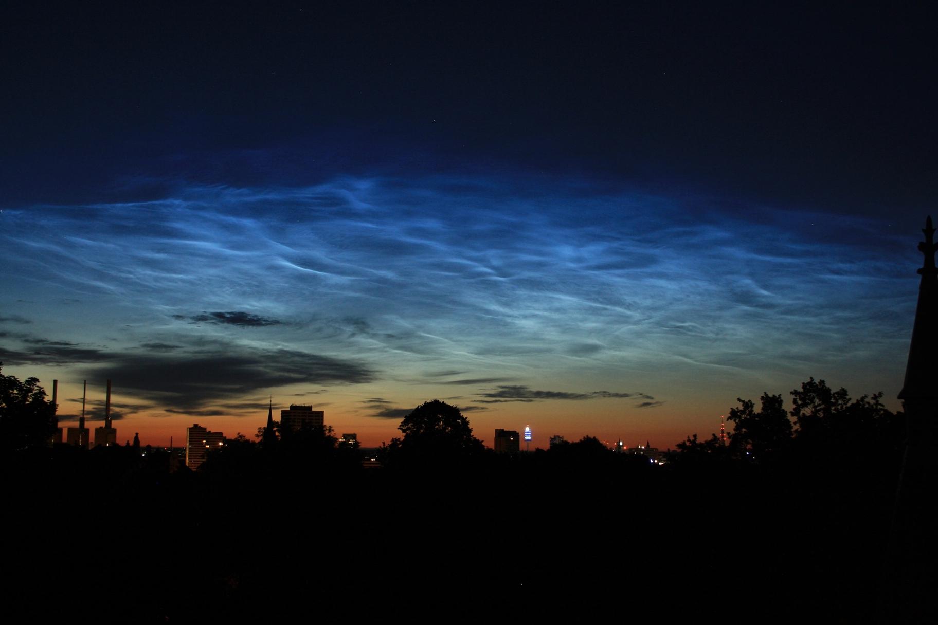leuchtende Wolken