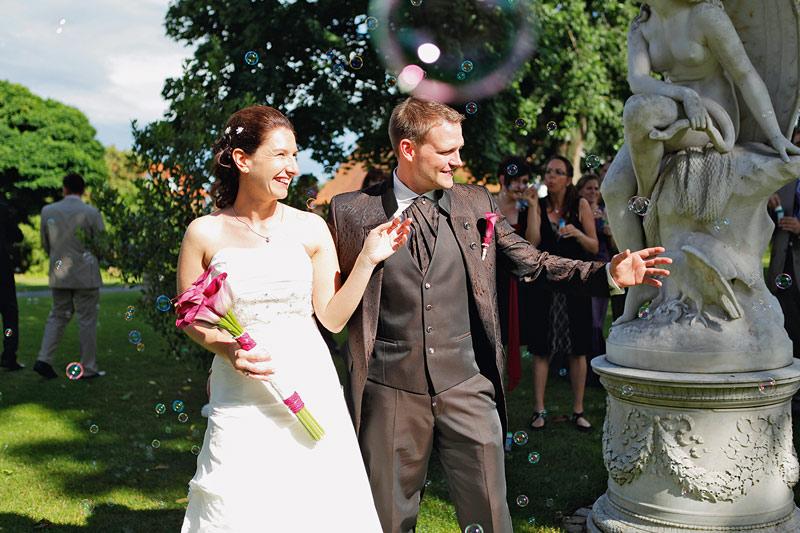 Hochzeit unter freiem Himmel im Parkhotel