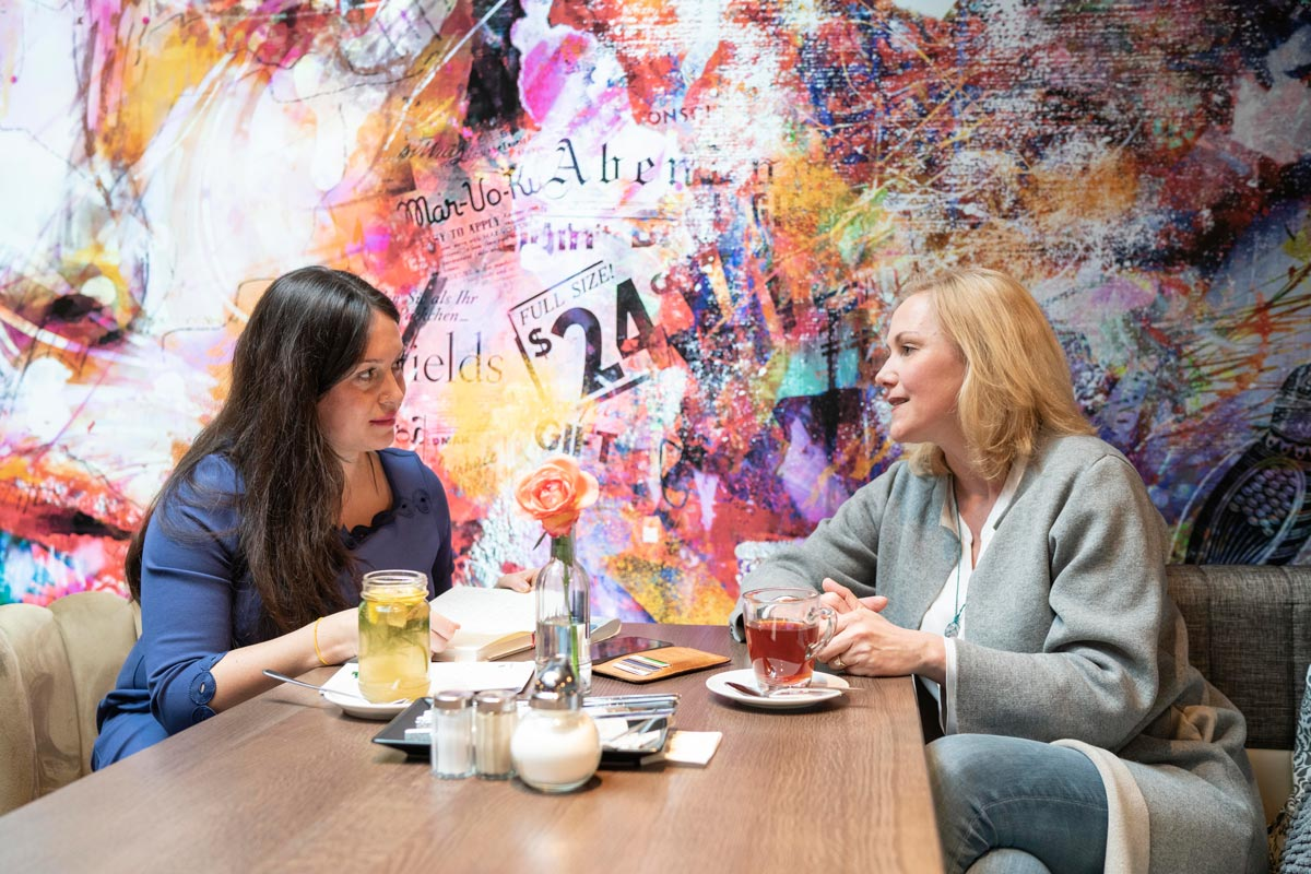 nobilis Redakteurin Marleen Gaida im Gespräch mit Bettina Wulff