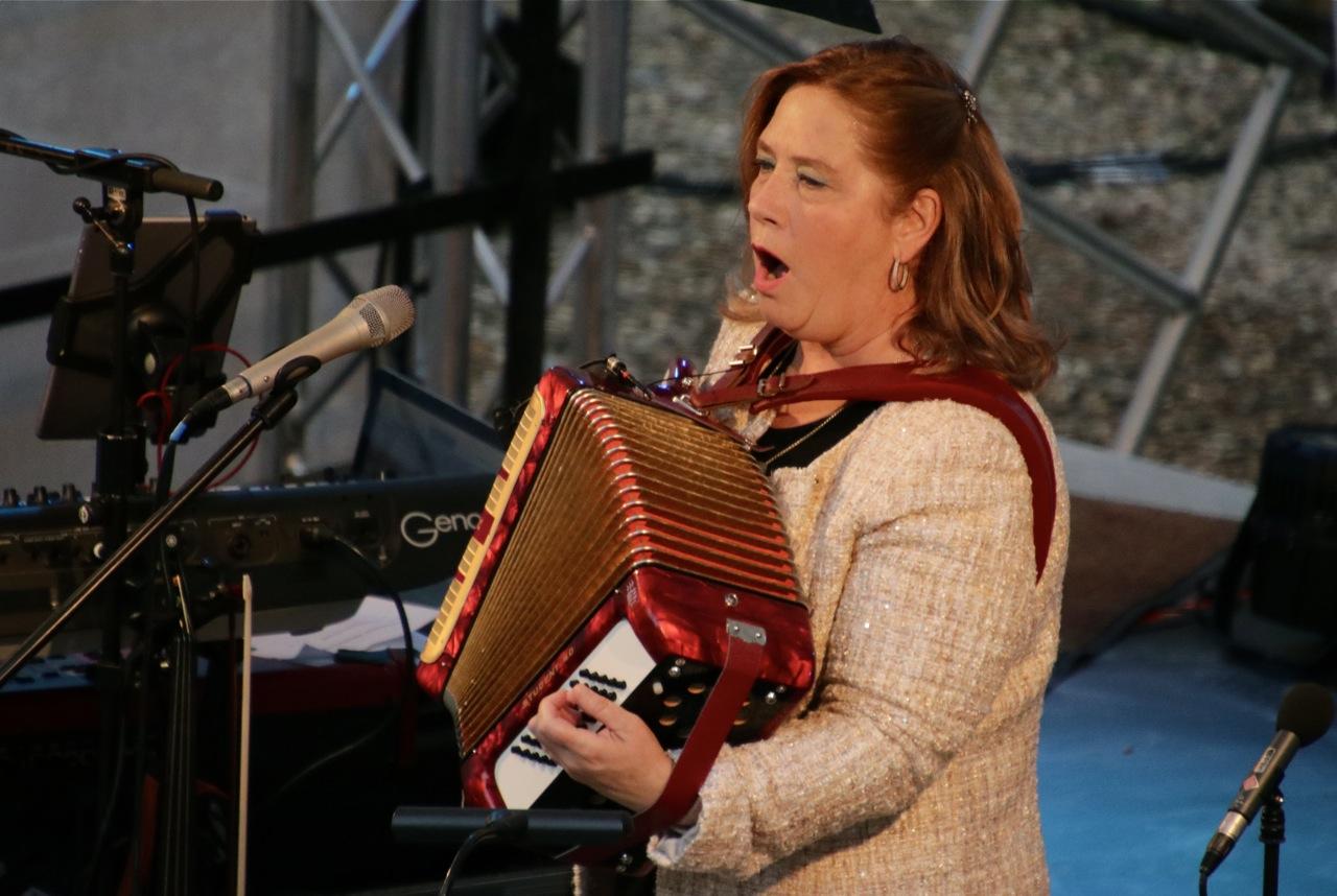 Kathy Kelly in Schloss Marienburg