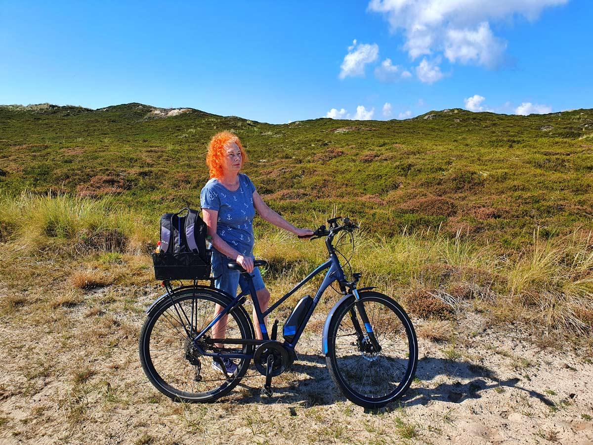 Ute Preuße mit E-Bike