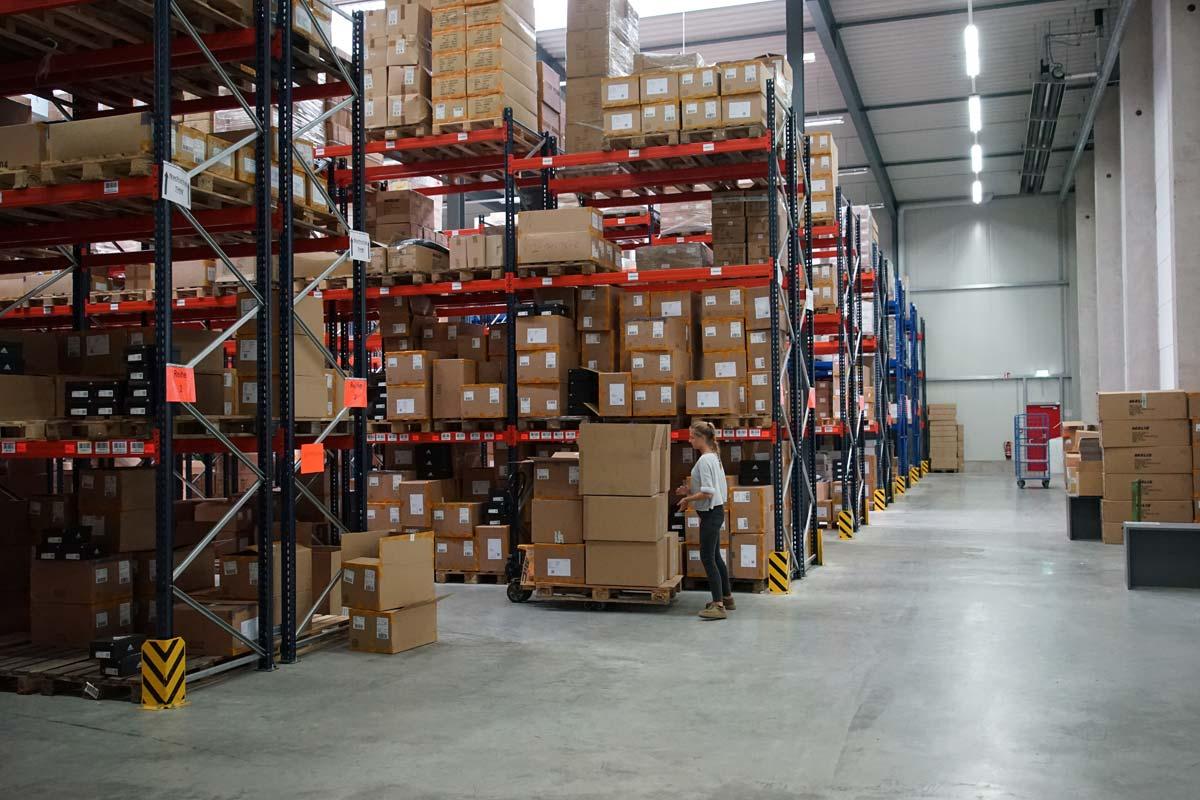 Logistikzentrum Schützdruck / Loewe