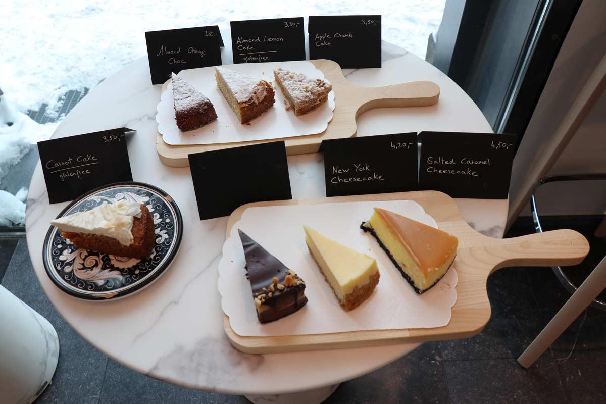 Kaffee und Kuchen bei Black Apron